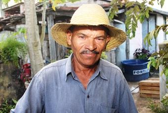 Agricultor lamentou a perda dos animais, mas agradeceu pela vida da mulher.