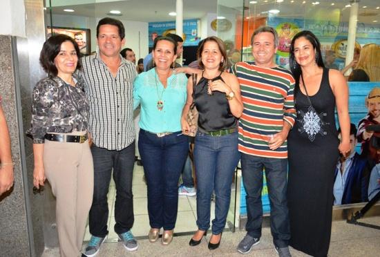 Maria das Neves, Vardinho, Augusta, Ines e Carlinhos Serra. Juliana Lima  Foto- Eduardo Freire