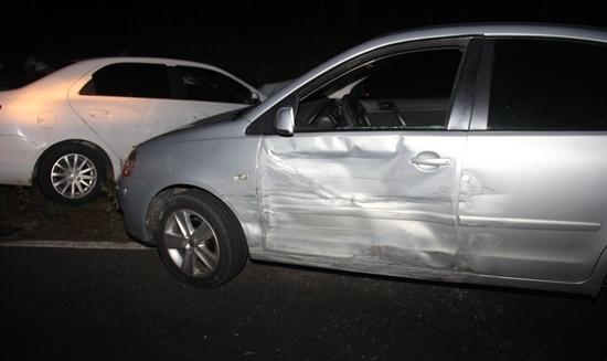 Polo teve danos nas duas portas. Foto: Raimundo Mascarenhas