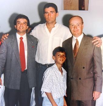 Torginho no ato de diplomação dos eleitos em 1996, ao lado de seu pai Eustórgio Resedá, Edevaldo Santiago vereador e Vertinho eleito prefeito pela segunda vez.