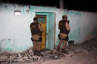 """Residencia de """"Aluado"""" onde supostamente teria acontecido os disparos, mas a hipótese de ter ocorrido fora e ele tentou entrar em casa."""