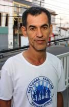 Jorge Trabuco vestiu a camisa do grupo pastoral da família coordenado por Rômulo e Rosa.