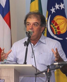Vertinho foi prefeito por três mandatos em Coité. 1989 a 1992; 1997 a 2000; 2004 a 2008.