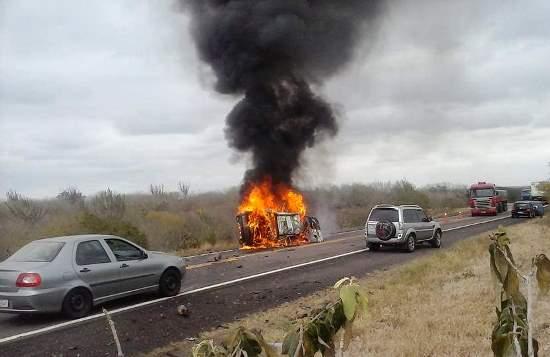 Um dos acidente mais graves foi na BR 324 próximo a Gavião com três mortos e quatro feridos.