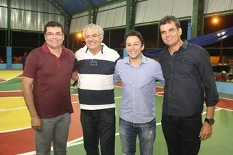Esteve presente também ao evento o deputado federal Mario Negromonte Junior a convite de Marcinho e Zé Hailton.