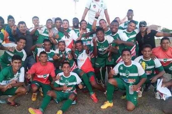 Seleção de Remanso eliminou Itaberaba nos pênaltis para passar para as oitavas. Foto: Remanso Noticias