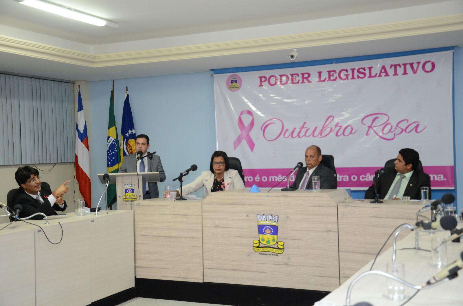 Tom Araújo falou também das péssimas condições das estradas da região.