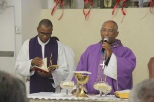 Bispo não conhecia a tradição de Coité, disse que saiu muito satisfeito pela fé do povo.