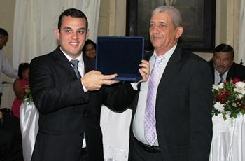 Alex levou beneficio e ganhou o reconhecimento pelas ações destinadas ao município.