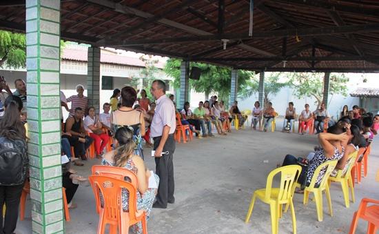 Equipe de trabalho se reuniu com o prefeito Ismael Ferreira na tarde desta quinta.