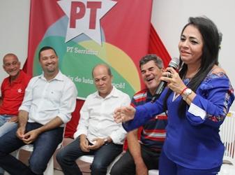 Moema Gramacho fez um discurso como tem feito sempre na defesa do PT.