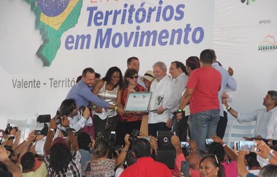 Lula foi homenageado pela Rede Nacional de Colegiados.