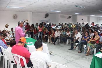 Auditório do SINTRAF ficou lotado por pessoas que atuam diretamente no setor da agricultura familiar.
