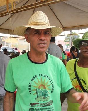 Romário disse que a turma está disposta a ficar na Prefeitura até que o prefeito garanta a execução das reivindicações.