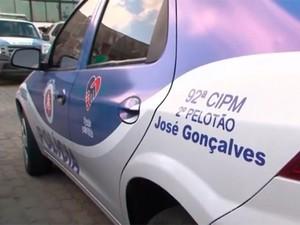 Viatura é doada à PM após série de assaltos em distrito da Bahia