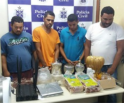 Polícia prende integrantes de quadrilha que roubava cargas na BR-101