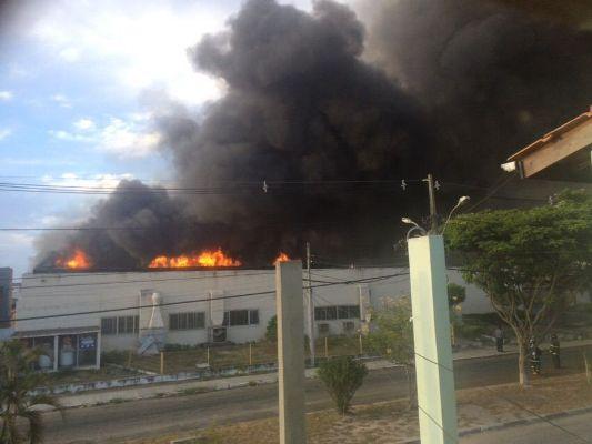incendio em feira2