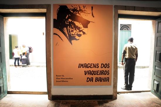 """Abertura da Exposição"""" Imagens dos Vaqueiros da Bahia """" realizada na galeria Solar Ferrão, localizada na rua Gregorio de Matos, Pelourinho, Centro Histórico, Salvador, Bahia. Foto: Josias Santos/IPAC, em 17/01/2014."""