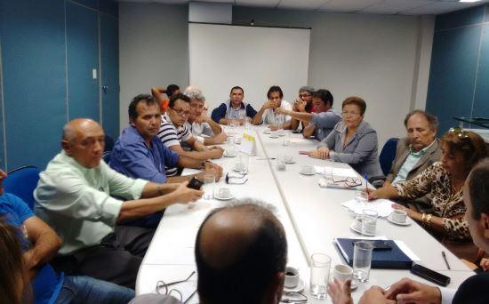 reunião da comissão de canudos na superintendecia do banco do brasil em salvador