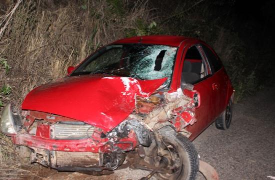 ford ka acidente na ba 052