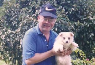 Padre Egionor vinha todo ano ao Brasil, mas estava a três ausente.