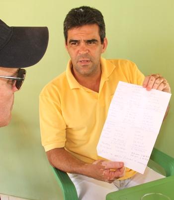 Prefeito exibe cada pagamento que resultou num total de mais de R$ 5 milhões somente em dezembro.