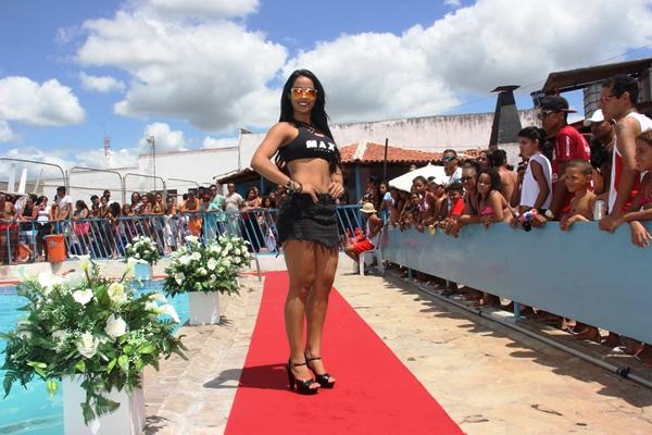 Rainha do Carnaval de Salvador 2015 abrilhantou o desfile.