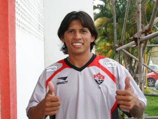 Índio vai tentar fazer os gols que o Leão precisa para sair da lanterna do campeonato baiano.