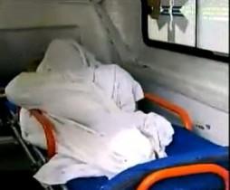 Jovem com traumatismo craniano passou quase seis horas dentro de ambulância em frente ao HGE.