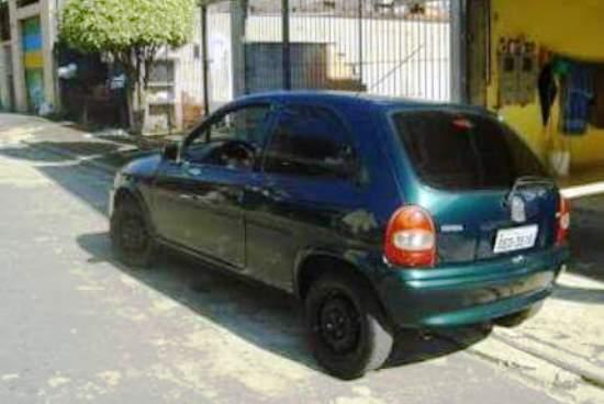Este é o veículo furtado.