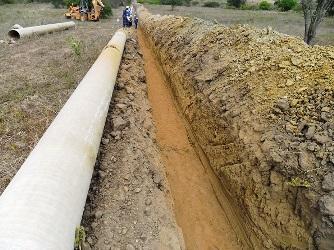 O problema da falta d'água sendo resolvido no sertão baiano.
