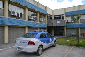Os corpos foram encaminhados para o Departamento de Polícia Técnica (DPT).