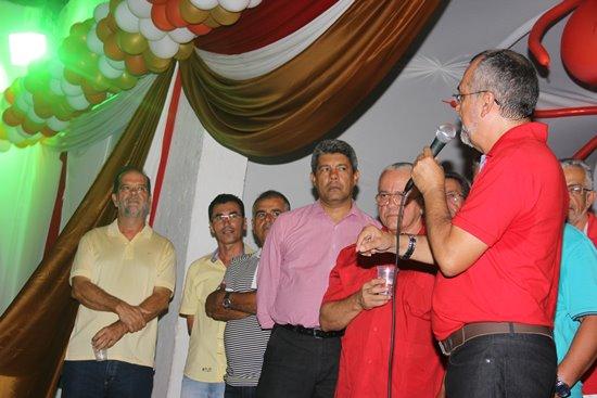 Para muitos foi uma surpresa muito grande a presença de Ivanilton (canto esquerdo da foto)