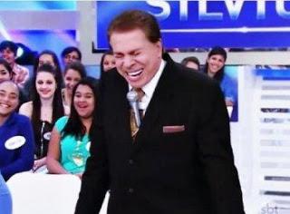 Silvio Santos que já ri a toa, comemora a popularidade de seu programa
