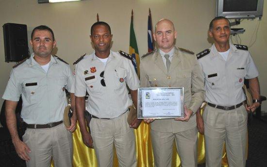 tenente laerte e demais oficiais