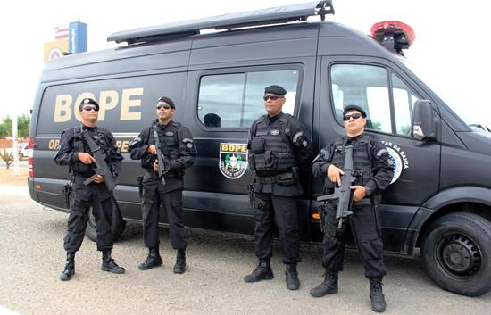 Resultado de imagem para policial baiano