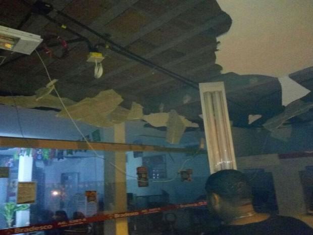 Grupo explodiu caixas eletrônicos de agência bancária na Bahia