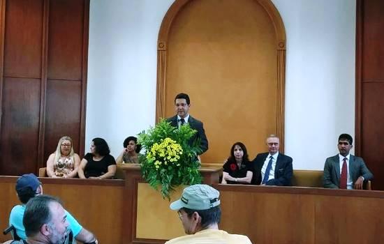 entrega de cadeiras na igreja dos mormons - 1