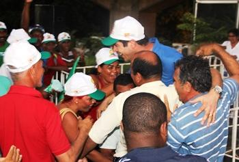 Os trabalhadores mesmo com revolta reconheceram o trabalho de Cláudio Bastos