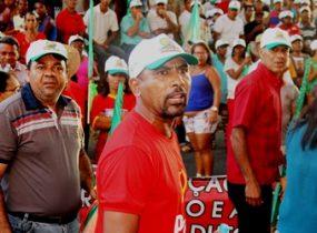 Lula foi o primeiro a se manifestar e solicitar a saída de todos