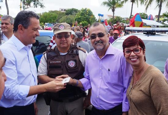 Governador Rui Costa, Subtenente Gonzaga, prefeito Ismael e vereadora Leninha