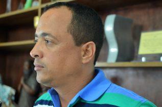Rodrigo (PPS), vereador de primeiro mandato, diz que o atual gestor pouco investiu em saúde e educação.