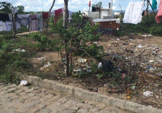 Local onde adolescente sofreu tentativa de homicídio no bairro JK