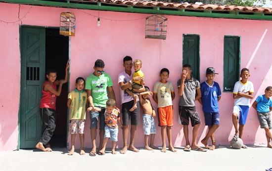 Aqui o time de Chitão, faltando apenas Ronaldo que estava sendo amamentado | Foto: Raimundo Mascarenhas