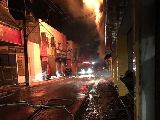 incendio em feira de santana.2