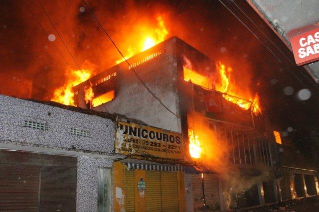 incendio em feira de santana