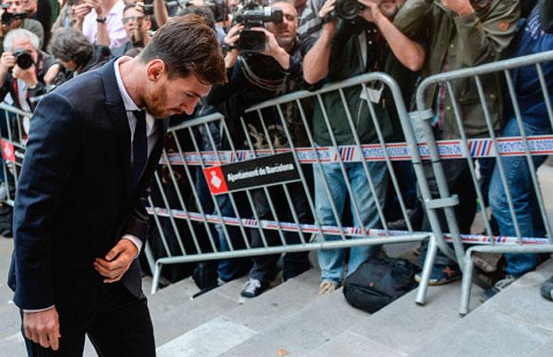Messi chegando ao Tribunal, na Espanha, no último dia 2 de julho