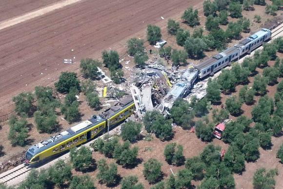 A colisão frontal ocorreu na Linha Bari Norte, entre Andria e Corato, na Itália