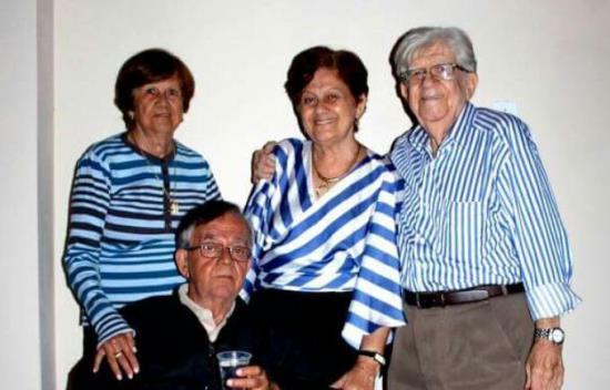 Último momento de Reinaldo com os irmãos, Ademar, Neide e Marlene foi no São João. Tem outra Nilza que não estava, Mora em Campo Formoso