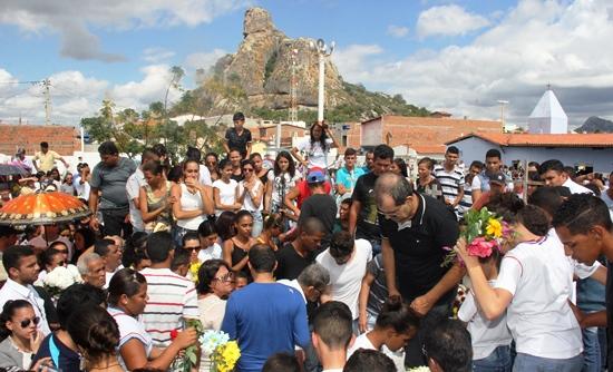 sepultamento de Ienata - 8- foto- Raimundo Mascarenhas